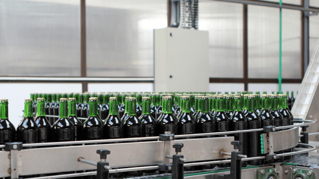 Individuelle Automatisierungslösungen Banner_Getränkeindustrie