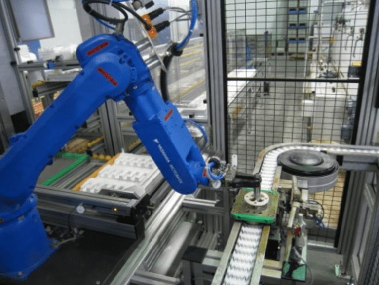 Robotiklösungen 4.0 HANDLING_Montage WEB