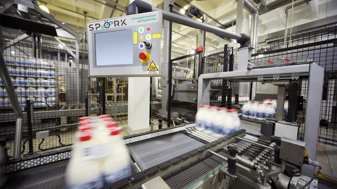 Industrieanlage__Förderband mit neuem LOGO Slider